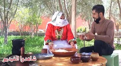 """الشاف عادل يزور آيت باها ويقدم طبق """"الكسكس باللفت و التين"""""""