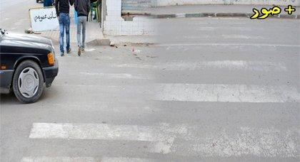 الدريوش.. تلاشي ممرات الراجلين بأبرز شوارع المدينة يثير سخط المواطنين