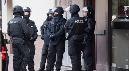 الشرطة الألمانية تداهم عدة مساكن شرقي البلاد بحثا عن منتمين لداعش