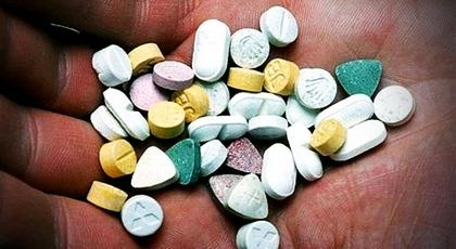 هولندا تصادر مواد تكفي لصنع مليار قطعة من حبوب إكستاسي
