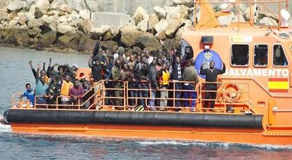 إسبانيا .. تفكيك شبكة للهجرة غير الشرعية بتعاون مع المغرب