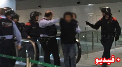 اعتقال مغربي هدد بتفجير قطار مليء بالركاب بمدينة برشلونة الإسبانية