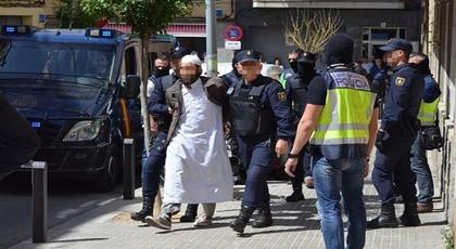"""القضاء الإسباني يتجاهل المخابرات المغربية ويبرئ """"ناظوري"""" متشدد مطلوب للبسيج"""