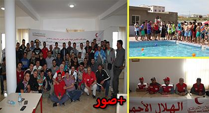 الهلال الأحمر المغربي بالدريوش ينظم دورة تكوينية في الاسعاف البري والمائي