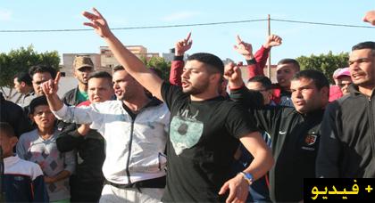 لجنة الحراك الشعبي بآيث سعيذ تعود مرة أخرى للإحتجاج في الشارع ضد التهميش والاقصاء