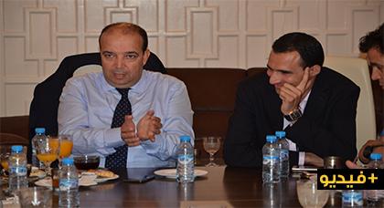 زارو يجتمع مع رئيس وأعضاء جماعة بوعرك ويتفقان على التعاون من أجل تنميتها