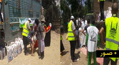 جمعية الرحمة والإغاثة الإسلامية توزعان مساعدات غذائية على المحتاجين بقرى تمسمان