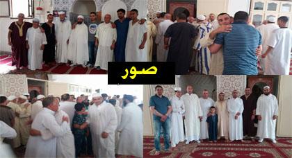 جموع المصلين بقرى تمسمان يؤدون صلاة العيد في بيوت الله في أجواء روحانية