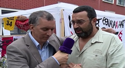 """القنصل العام المغربي يؤازر عائلة """"عبد الحق نوري"""" ويعرب عن سعادته بالتضامن العارم للهولنديين"""
