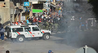 النيابة العامة تودع 13 محتجا سجن الحسيمة وتطلق سراح 18 أخرين على خلفية مسيرة 20 يوليوز