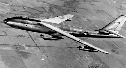 هذه تفاصيل الطائرة العسكرية المحملة بقنبلتين نوويتين التي فقدتها أمريكا بسواحل الريف
