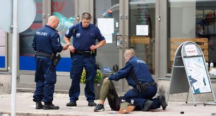 توقيف شخصين ادعا انهما مغربيان في اطار التحقيق باعتداء فنلندا
