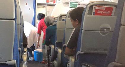 طائرة متجهة صوب هولندا تضطر للعودة إلى مطار العروي إثر وفاة أحد المسافرين على متنها