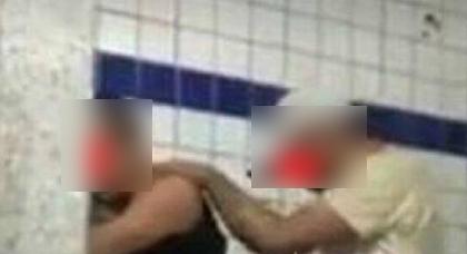 """فضيحة.. شريط فيديو يوثق لسجناء يمارسون """"اللواط"""" داخل أحد السجون المغربية"""