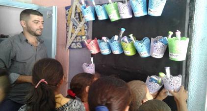 هشام الفقيه يبدع من جديد ويواصل مبادرات تشجيع التلاميذ على الدراسة