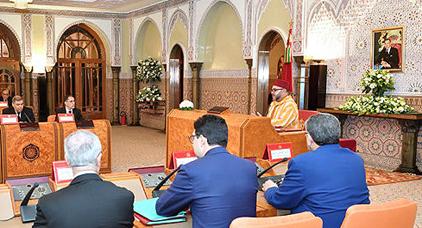 الملك يترأس مجلسا وزاريا الأسبوع المقبل وسط توقعات بصدور عقوبات حول مشاريع الحسيمة