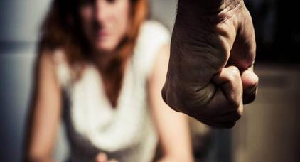 """مهاجرة مغربية تدخل زوجها سجن """"صقلية"""" بسبب استعبادها مقابل 5 يورو في اليوم"""