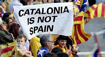 في تصعيد خطير.. الحكومة الإسبانية تمهل رئيس كتالونيا 5 أيام