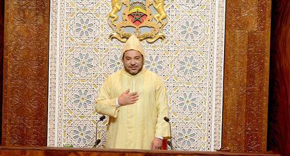 الملك يترأس غدا الجمعة إفتتاح البرلمان وسط ترقب شعبي لمضامين خطابه السامي