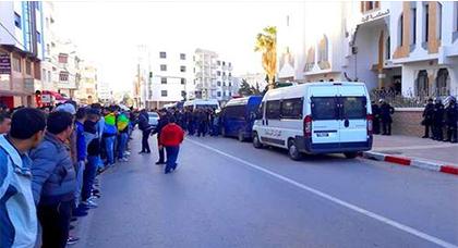 السلطات المحلية بالحسيمة تمنع وقفة إحتجاجية أمام السجن المحلي بقرار مكتوب