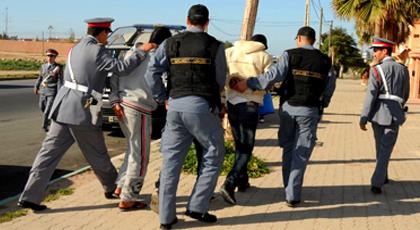 الدريوش.. إعتقال شخصين وحجز سيارة مزورة ومعدات تستعمل لأغراض التزوير ببن الطيب