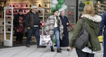 عدد الوافدين على المركز التجاري الجديد بمليلية بلغ 16500 في يوم الافتتاح