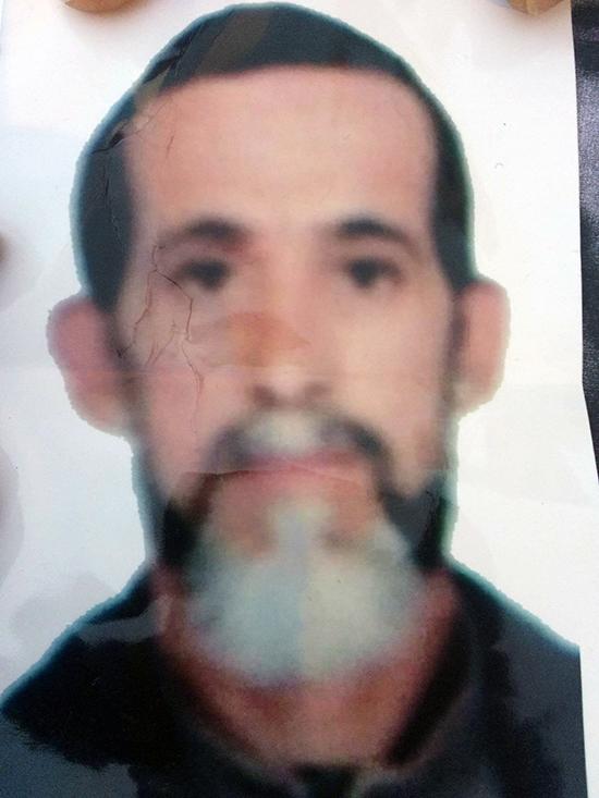 """عائلة من امزورن تبحث عن رب الأسرة """"فؤاد الحنكوري"""" الذي اختفى منذ شهر"""