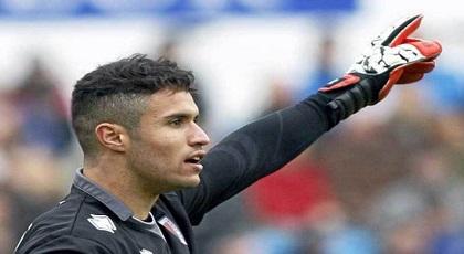 نادي إسباني كبير يرغب في التعاقد مع الحارس المغربي منير المحمدي إبن الناظور