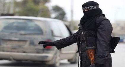 شرطة ميلانو تلقي القبض على داعشية مغربية بعد عودتها رفقة أبنائها الثلاثة من سوريا