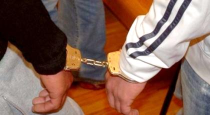 """الحسيمة.. اعتقال """"لص"""" متلبس بسرقة منزل مهاجر ببني بوعياش"""