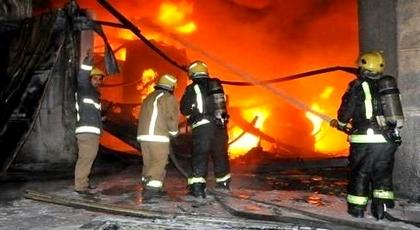 مأساة.. مصرع أب وإصابة زوجته وأولاده بحروق خطيرة في حريق مهول بمنزلهم