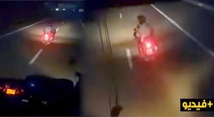 شاهدوا الفيديو.. مطاردة دركي لسائق حافلة بالطريق السيار يتسبب في حالة هستيرية للركاب