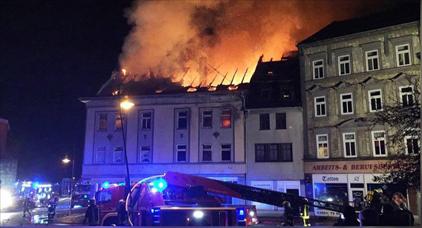 خطير.. عصابة من 5 أفراد تهاجم مسجدا بقنابل المولوتوف في ألمانيا