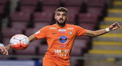 """ابن الريف اللاعب عمر الدهري يوقع لنادي """"يسيريوس"""" السويدي"""