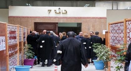 محامي الدولة يفاجئ الجميع بمطالبته المحكمة بإنهاء عزلة الزفزافي في زنزانة انفرادية