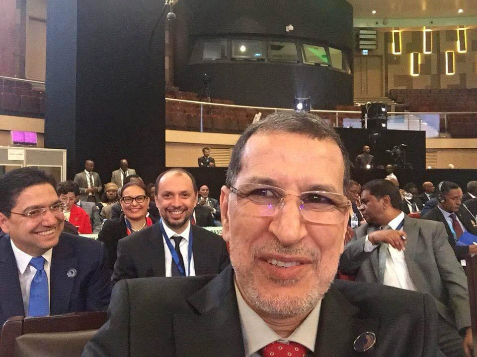 سليفي العثماني مع بوريطة والجولي بالقمة الافريقية يغزو الفايسبوك