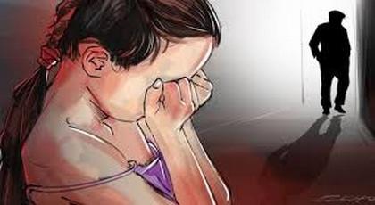 السجن لشخص حاول إغتصاب طفلة تبلغ من العمر 12 سنة بالحسيمة وهذه هي التفاصيل