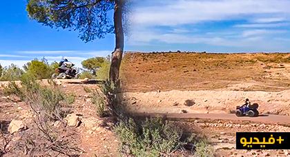 مناظر تحبس النفس.. شاهدوا متعة سياقة الدراجات النارية الرباعية بجبال الريف