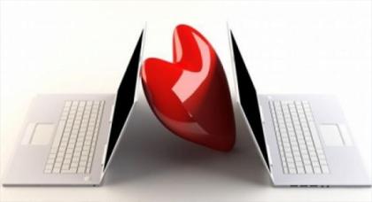 محكمة ترفض زواج أمريكي بحاسوبه والسبب أنه قاصر