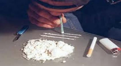 الحسيمة.. توقيف ثلاثة أشخاص بينهم فتاة وهم يروجون الكوكايين بإحدى الفنادق المصنفة