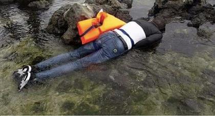 التعرف على هوية جثة جديدة لمهاجر مغربي لفظه البحر في سواحل الجزائر