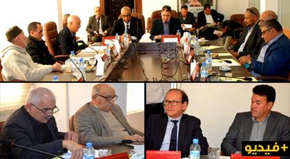 مجلس إقليم الدريوش يعقد اتفاقية شراكة وتعاون مع غرفة التجارة ويصادق على نقاط أخرى في دورة استثنائية