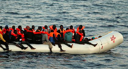 """إيقاف 25 مهاجرا سريا وحجز قارب """"زودياك"""" بشاطئ """"عمار اموسى"""" نواحي الدريوش"""
