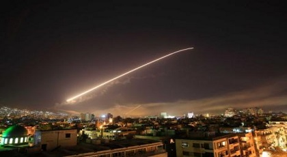 ضربة سوريا تقسم العالم بين مندد ومؤيد