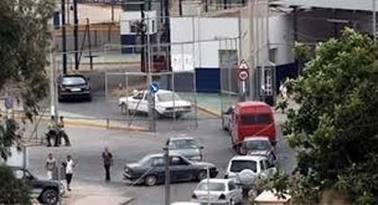 سلطات مدينة مليلية المحتلة تغلق معبر فرخانة في وجه السيارات وهذا موعد فتحها