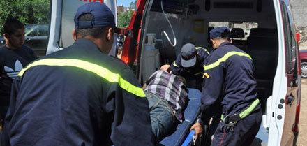 سائق الكاتب العام يهدد بإضرام النار في جسده امام مبنى ولاية جهة الشرق