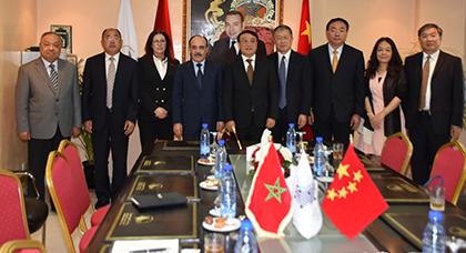 العماري يوقع إتفاقية مع سيشوان بالصين من أجل النهوض بمشاريع التنمية بجهة طنجة تطوان الحسيمة