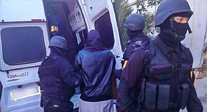 """هذه هوية ابن ميضار المعتقل بـ""""الضحى"""" بسبب تخطيطه لارتكاب أعمال إرهابية بالمغرب"""