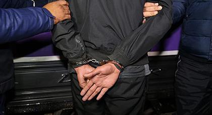 إيقاف رجل أمن بميناء طنجة بشبهة تسهيل عملية تهريب مخدرات بارونات الشمال نحو إسبانيا