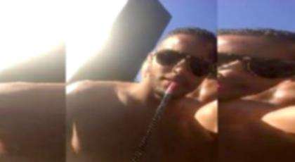 """بالفيديو.. تدخين لاعبي المنتخب لـ """"الشيشة"""" خلال معسكر التدريبات للمونديال يجر عليهم غضبا واسعا"""